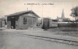 35 - N°111181 - Romagne - La Gare Et L'église - Francia