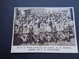 "Origineel Knipsel ( 4683 ) Uit Tijdschrift "" Zondagsvriend ""  1936 :  O.L.Vrouw Thielt ( Tielt ) - Vieux Papiers"