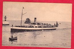 AB109 76 SEINE MARITIME  LE HAVRE ENTREE DU FELIX FAURE  BATEAU DE ROUEN ARRIERE PLAN  BATEAU  DESENSABLEUR PHARE  - - Schiffe