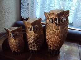 3 UILEN - CHOUETTES/HIBOUX - EULEN - OWLS    H : 30cm - 24 Cm - 19 Cm   (1396g Total Weight/gesamtgewicht/poids Total) - Legni