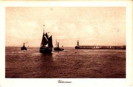 Scheveningen Uitvaren Vissersboot Havenlicht S1184 - Scheveningen