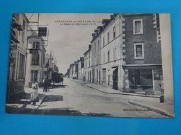 """49 ) Rochefort Sur Loire - La Route De Chalonnes """" Hotel Du Lion D'or """" A BENOIST """" - Année  - EDIT - Bruel - Autres Communes"""