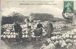 CPA Henrichemont La Borne - Potiers Au Travail - Henrichemont