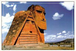 """1 AK Aserbaidschan / Republik Arzach * Skulptur """"Wir Sind Unsere Berge"""" Symbol Der Unabhängigkeit Von Bergkarabach * - Arménie"""