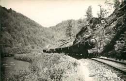 230620 - PHOTO VILAIN ? - CHEMIN DE FER TRAIN GARE - 19 Train EYGURANDE à BORT - Eygurande
