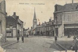 03 DOYET . RUE DE LA REPUBLIQUE  ( état ) - France