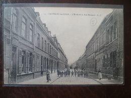 LAMBERSART- CANTELEU  L'école Et La Rue Bernard - Lambersart
