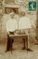 Coulonges Sur L'autize * Carte Photo * 2 Cuisiniers * Hôtel Restaurant ? * Cachet De Départ Bressuire - Coulonges-sur-l'Autize