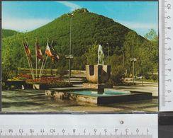 Bad Urach Vorplatz Des Thermalbades  Ungelaufen ( AK 888 )  Günstige Versandkosten - Bad Urach