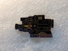 PINS LOT8                          960 - Badges