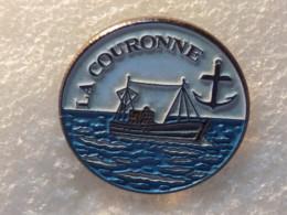 PINS LOT8                          1033 - Badges