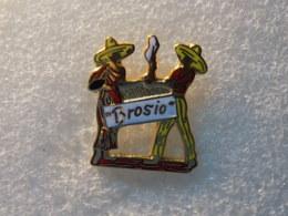 PINS LOT8                          1177 - Badges
