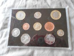ENGLAND  2004  -  MINT  SET  - UNC - Mint Sets & Proof Sets