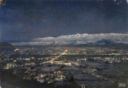 Grenoble (38) - Sous La Neige Au Crépuscule - Grenoble