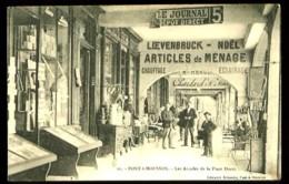 PONT-A-MOUSSON - 11 : Les Arcades De La Place Duroc - (Très Beau Plan Animé Avec Commerces, Devantures De Magasins) - Magasins