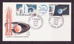 Réunion FDC 1966 Y&T N°369A - Michel N°444 à 445 - Fusée Diamant Et Satellite A1 - Triptyque - Covers & Documents