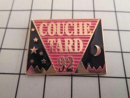 115d Pin's Pins / Rare Et De Belle Qualité !!! THEME AUTRES / COUCHE-TARD 92 - Postes
