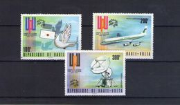 Haute Volta. Poste Aérienne. Centenaire De L'UPU - Obervolta (1958-1984)