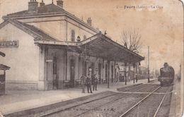 FRANCE 1922 CARTE POSTALE DE FEURS  LA GARE - France