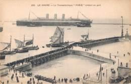 76 LE HAVRE LE TRANSATLANTIQUE PARIS ENTRANT AU PORT - Paquebote