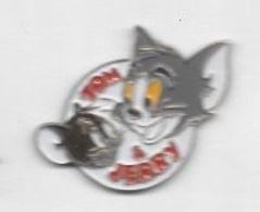 Pin's  BD, Cinéma, DISNEY  Personnages  Animaux  Souris  Et  Chat  TOM & Jerry - BD