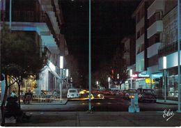 33 - Arcachon - L'Avenue Gambetta, La Nuit - Arcachon