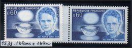 YT N° 1533 - Fond Blanc + Fond Bleu - Neufs ** - Errors & Oddities