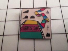 115e Pin's Pins / Rare Et De Belle Qualité !!! THEME CINEMA / FILM PELLICULE FUTUROSCOPE - Cinéma