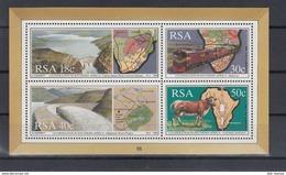 RSA Michel Cat.No. Sheet  Mnh/** 24 - Blocks & Sheetlets