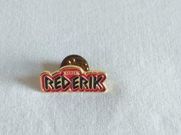 Pin's  CERES RED ERIK - Pin