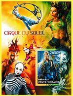 Bloc Feuillet Oblitéré De 1 Timbre-poste - Cirque Du Soleil - République Centrafricaine 2013 - Central African Republic
