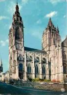 50 - Coutances - L'Eglise Saint-Pierre La Rue Geoffroy De Montbray Et La Cathédrale Notre-Dame - Carte Neuve - CPM - Voi - Coutances