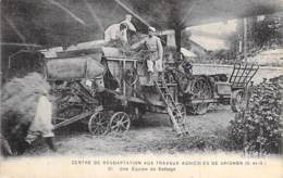 AGRICULTURE Culture 78 - GRIGNON Centre Réadaptation Travaux Agricoles - Bon Plan Animé Moissonneuse - CPA - Yvelines - Cultures