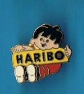 PIN'S //   ** BAMBIN DES BONBONS / HARIBO ** - Alimentation