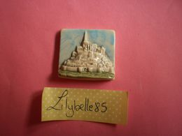Feve PERSO - MONT SAINT MICHEL ( Feves Figurine Miniature ) - Regionen
