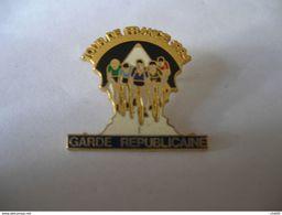 Garde Républicaine Tour De France Cycliste 1994 - Militaria