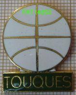 TENNIS  TOUQUES Dpt 14 Calvados  BALLE BLANCHE En Version EGF - Tennis