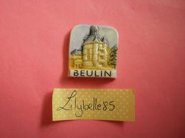 Feve PERSO Ancienne En Porcelaine DONJON BEULIN STE GENEVIEVE DES BOIS 1996 ( Feves Figurine Miniature ) - Regionen