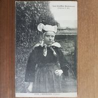 Gouezec.jeune Fille Coiffe Costume Breton.édition Hamonic - Gouézec