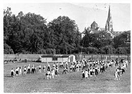Rue Du Canal, Montigny-lès-Metz Groupe De Sportive  Voir Église Saint-Joseph 1939-45- - Guerre, Militaire