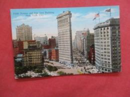 Fifth Avenue & Flat Iron Building  New York > New York City >   Ref 4183 - Manhattan