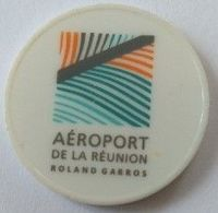Jeton De Caddie - Aéroport De La Réunion - Roland Garros - En Plastique - - Trolley Token/Shopping Trolley Chip