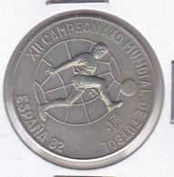 MONEDA DE CUBA DE 1 PESO DEL AÑO 1981 MUNDIAL FUTBOL ESPAÑA 1982 (COIN) (NUEVA - UNC) - Cuba