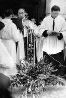PRADES - Le Jour Des Rameaux à L'Eglise Saint-Pierre, 22 Mars 1964 - Photo A. Genovese, Vernet-les-Bains - Prades