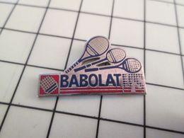 516b Pin's Pins / Rare & Belle Qualité !!! THEME SPORTS BADMINTON TENNIS BABOLAT - Badminton