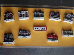 Coffret De 10 Fèves De Cholet, Château , Monument,  Camion De Pompier Frais De Port Offert Pour La France - Région