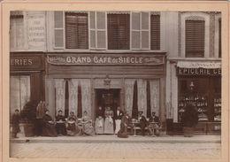 """""""Grand Café Du Siècle"""" à Localiser - Lieux"""