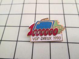 520 Pin's Pins / Rare & Belle Qualité !!! THEME MARQUES / 1000000e TELEVISEUR PHILIPS VDP DREUX 1990 Par FRAISSE - Banques
