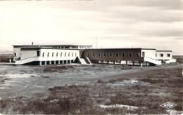 11 - La Nouvelle - Colonie Départementale Laïque De La Nouvelle, Vue Générale (flamme Pub Port-La-Nouvelle 1964) - Port La Nouvelle