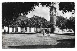 Cpsm Freneuse - La Place - (9x14 Cm) - Freneuse